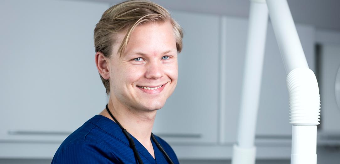 Tannlege Sebastian Gran Jakobsen, Tannhelsesenteret